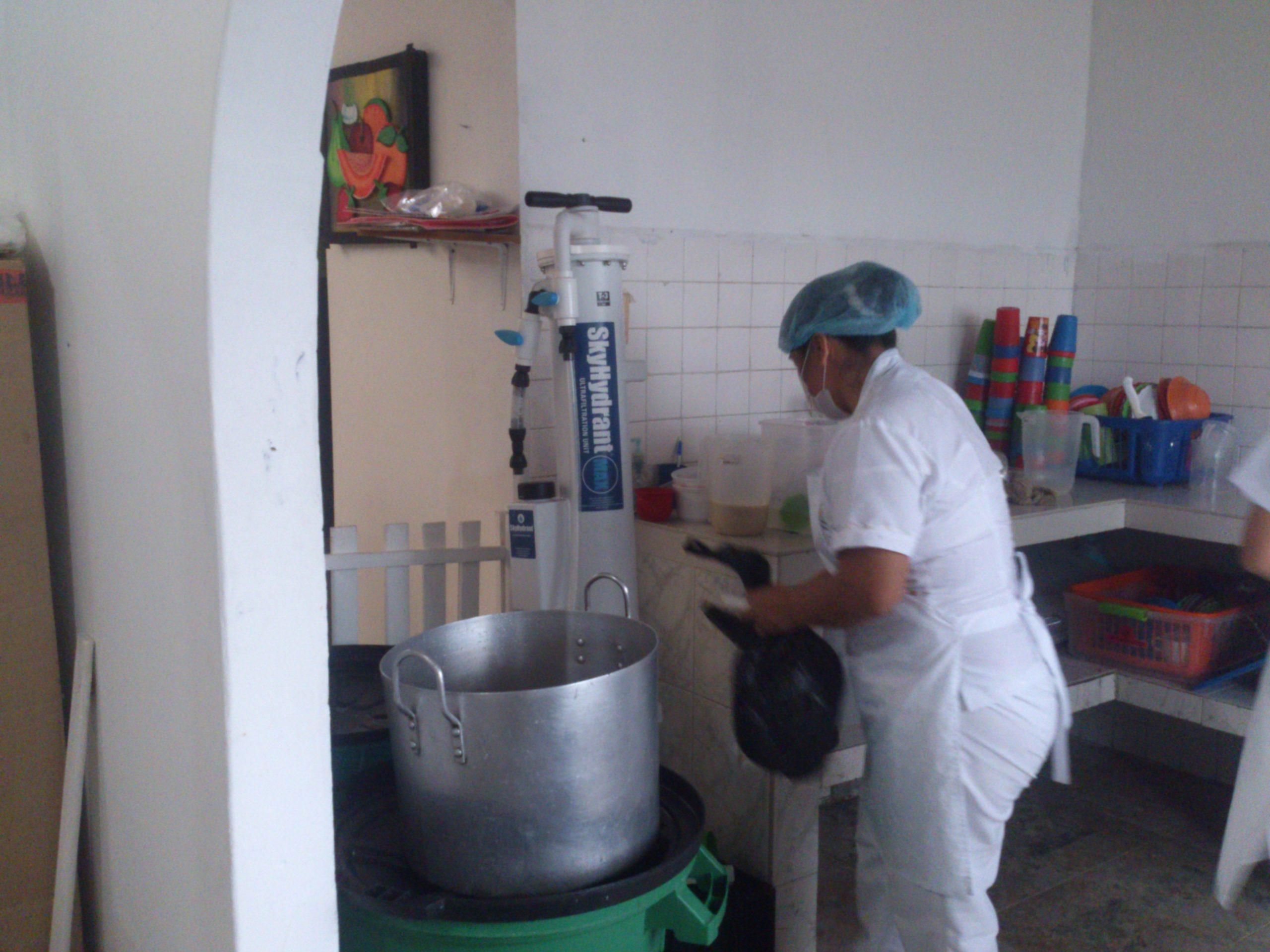 Los niños y niñas de Jardines Infantiles -CDIs del ICBF en MOCOA con agua potable gracias a Fundación Siemens