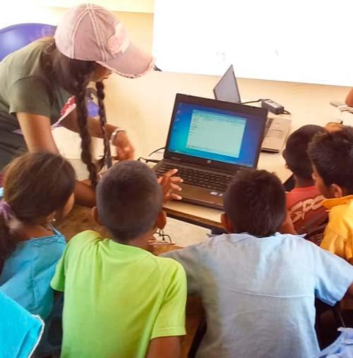 Aulas Digitales Sostenibles en La Guajira